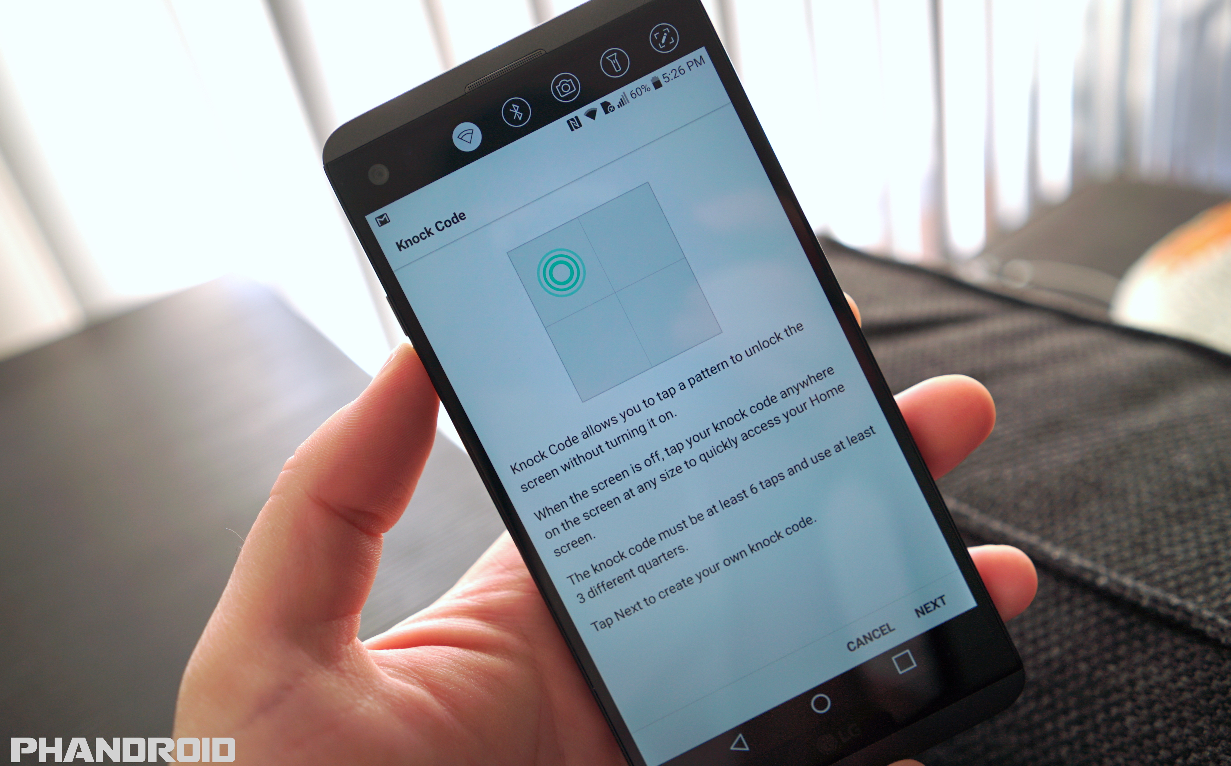does the lg v20 feature dual applications
