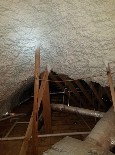 spray foam insulation application temperature
